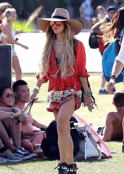 dress vanessa hudgens coachella jewels shoes coachella sunglasses romper jumpsuit red print gypsy gipsyprint coachella dress vannassa hudgens where do i get this play suit from?? music festival vannessa hudgens indie dress bohoo chic hippie dress red dress vanessa hudgens coachella coachella style festival fashion couture style instagram white summer dress summer summer outfits summer holidays