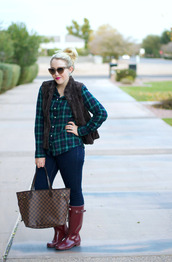 a beautiful heart,t-shirt,jacket,jeans,shoes,bag,sunglasses,jewels,boots