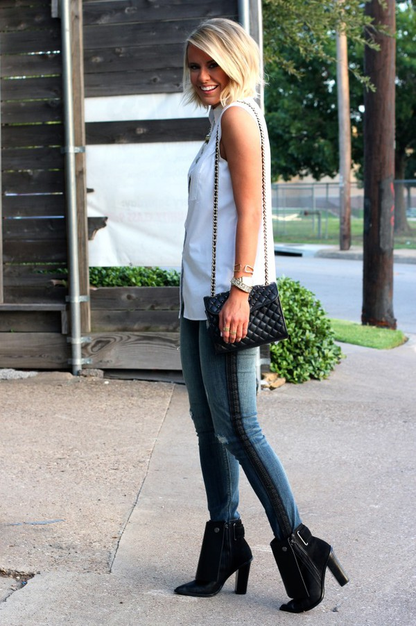 the courtney kerr blogger jeans top shoes bag jewels sunglasses