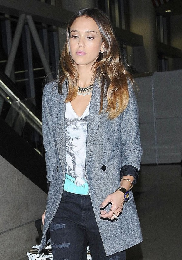 jewels necklace pearl jessica alba jacket