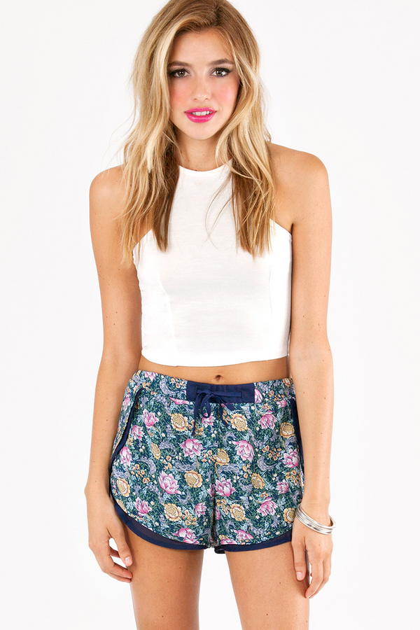 Floral Serenity Shorts - TOBI