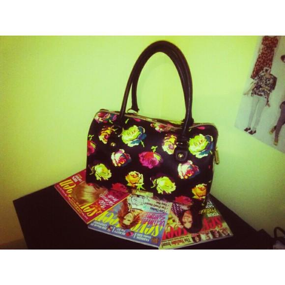 bag satchel purse handbag grunge betsy johnson girly