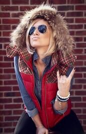 jacket,plaid,vest,fur,red vest,red,glasses,cute,winter outfits,me,hoodie