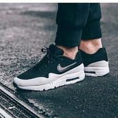 shoes,nike,nike shoes,sneakers,nike sneakers,black,black shoes,black sneakers,sportswear,sports shoes,blue,dark blue,dark blue shoes,dark blue sneakers,nike air,nike air force 1,nike air max 90