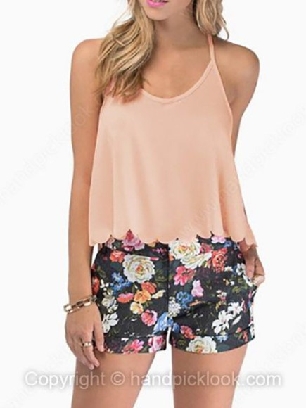 scalloped scalloped shirt peach peach tank top crop tops crop crop tank top crop tanks peach top peach color pink scallop scalloped edges scallop trim scalloped croptop