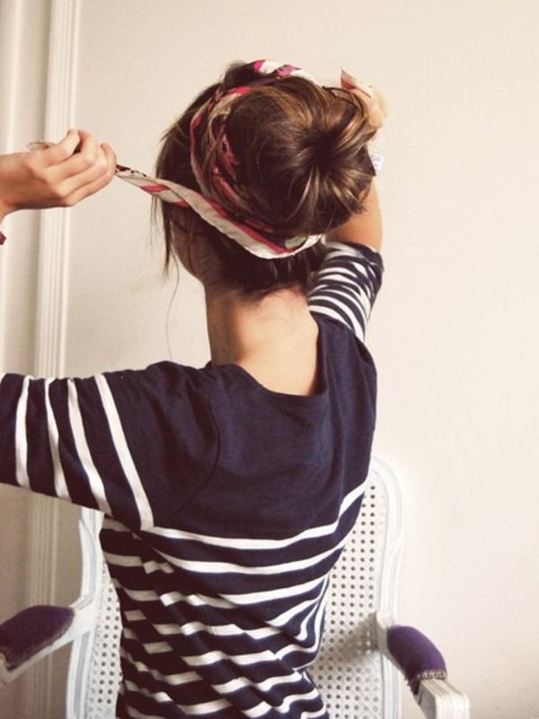 blouse shirt t-shirt stripes blue sweater jumper jersey blue shirt sea marine summer shirt style hair accessory