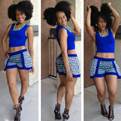 shorts,short,thick,blue,outfit,cute,high heels,black,necklace,thick frame,sexy,blue shorts,aztec,blouse,shoes
