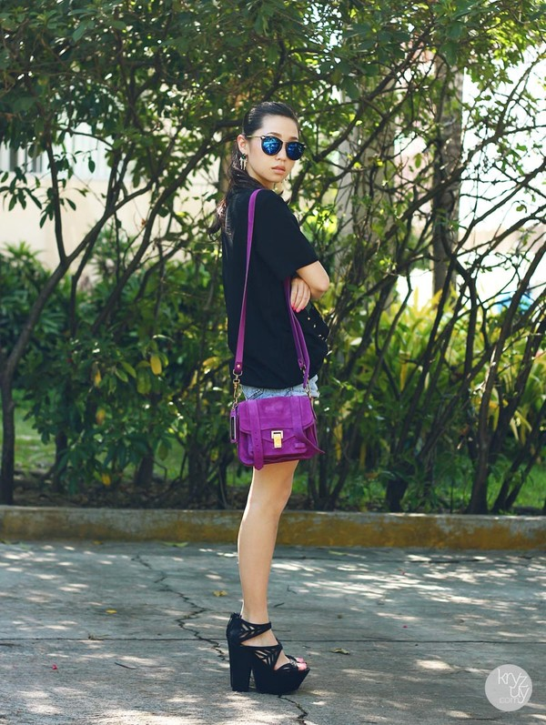 kryzuy t-shirt sunglasses shorts bag shoes jewels