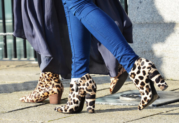 19f0db3085 shoes printed boots printed ankle boots ankle boots boots animal print  leopard print high heels boots