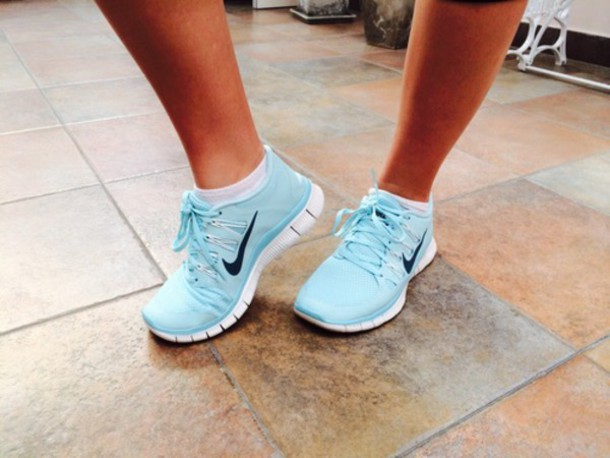 shoes blue nike running shoes baby blue