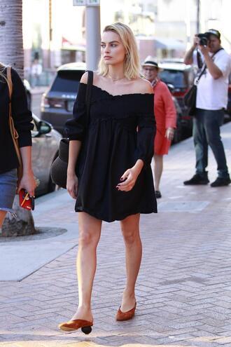 dress black dress off the shoulder off the shoulder dress margot robbie streetstyle mini dress shoes