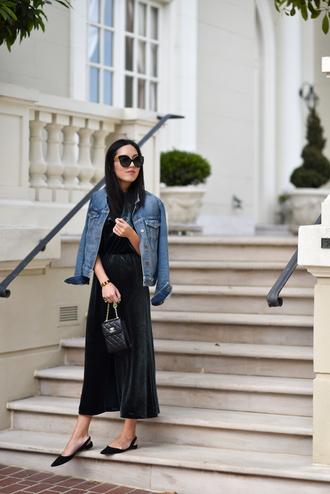 dress black shoes tumblr midi dress green dress jacket denim jacket denim shoes bag sunglasses