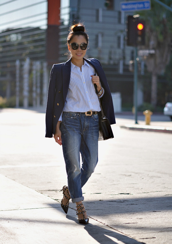 hallie daily blogger jacket jeans shoes bag belt sunglasses
