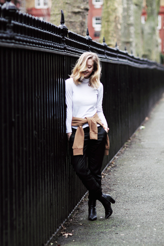 framboise fashion blogger white sweater black pants office outfits