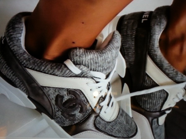 Chanel Sneakers Grey Grey Cloth Trainers Chanel