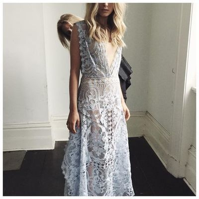 White scoop sleeveless lace floor-length a-line prom dress