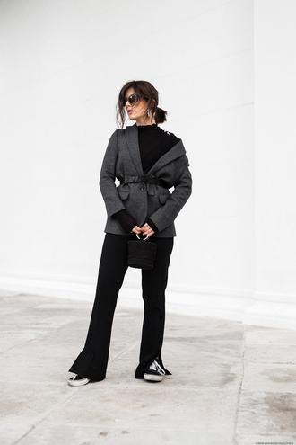 viennawedekind blogger jacket top pants belt bag jewels sunglasses shoes blazer black pants sneakers