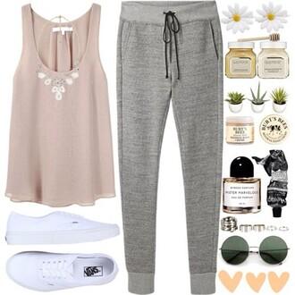jogger jogginghose grey sportdwear chillin blouse pants hair accessories jewels shoes shirt sunglasses top