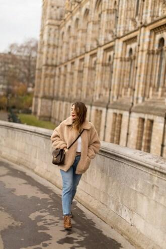 five five fabulous blogger coat sweater jeans shoes bag belt fuzzy coat ankle boots oversized coat beige coat crossbody bag louis vuitton bag