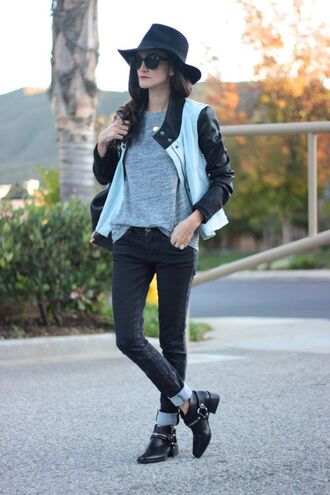 frankie hearts fashion blogger jacket hat sunglasses bag grey t-shirt ankle boots t-shirt jeans shoes back to school black hat grey top black jeans boots black boots black sunglasses