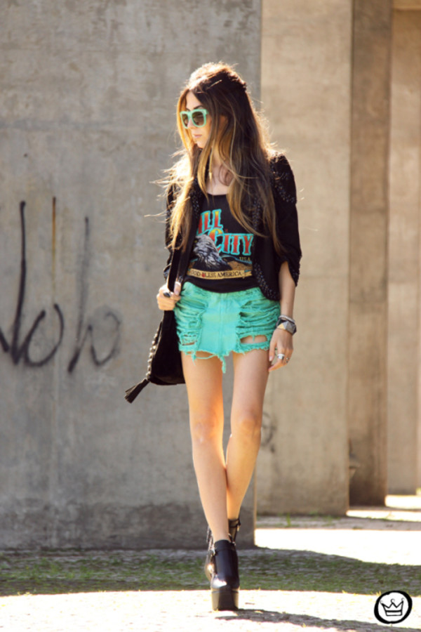 fashion coolture blogger t-shirt jacket bag sunglasses