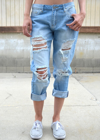 jeans denim boyfriend jeans light wash light washed light washed denim ripped ripped jeans ripped denim ripped boyfriend jeans boyfriend ripped jeans light blue