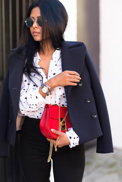 walk in wonderland blogger shirt pea coat red bag