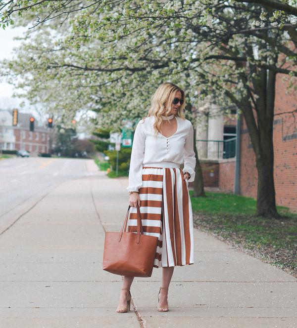 styleinasmalltown blogger top shoes jewels bag sunglasses white top tote bag  midi skirt sandals high heel. 9ca6abb8f8