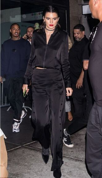 pants top all black everything kendall jenner ny fashion week 2016 choker necklace streetstyle model off-duty blouse jacket boots