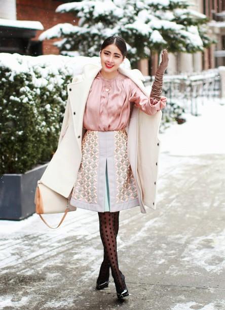 chicmuse blogger blouse tights pink blouse polka dots winter coat white coat gloves polka dot tights winter outfits winter work outfit white bag midi skirt pink shirt