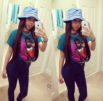 t-shirt teal shirt martin bucket hat iphone5c chain high waisted jeans