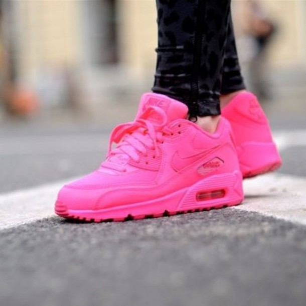 hot pink nike air max 90 hyperfuse
