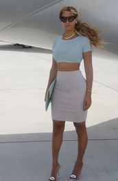 top,beyonce,crop tops,shoes,sunglasses,skirt,slay,sexy,sexy sweater,white lace top,jewels,jewelry,choker necklace,gold choker,necklace,beyonce fashion,celebrity style,celebrity,celebstyle for less,gold,gold necklace,layered,body chain,gold body chain,heels,sandal heels,open toes,long,pencil skirt,gray skirt,style,streetstyle,instagram,crop,fashion,tumblr outfit,accessories,baby blue,blue,white,bodycon dress
