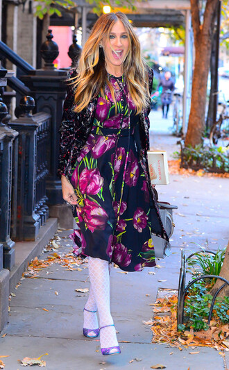 dress fall outfits sarah jessica parker streetstyle celebrity style jacket floral dress mini dress