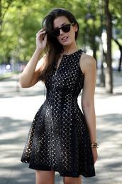 dress,black,zip,lace