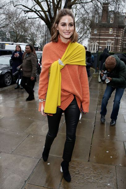 shoes streetstyle london fashion week 2018 fashion week olivia palermo blogger sweater pants