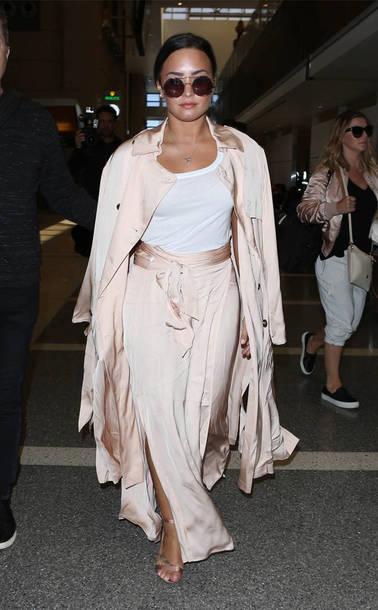 skirt wrap skirt top coat duster coat demi lovato sunglasses spring outfits silk