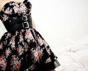 floral dress,belt,dress,prom dress,black dress,flowers,black flowers,black,leather belt,leather,beautiful,vintage,cute dress,floral,colorful,zipup,windbreaker,waist belt,buckles