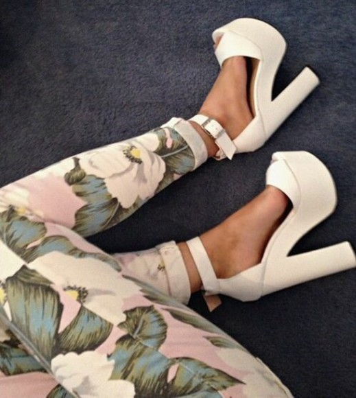 shoes white shoes hight heels Belt floral fashion tumblr pants