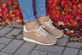 shoes beige reebok trainers