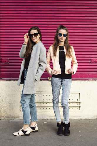 iemmafashion blogger jeans neoprene pink jacket black t-shirt grey coat