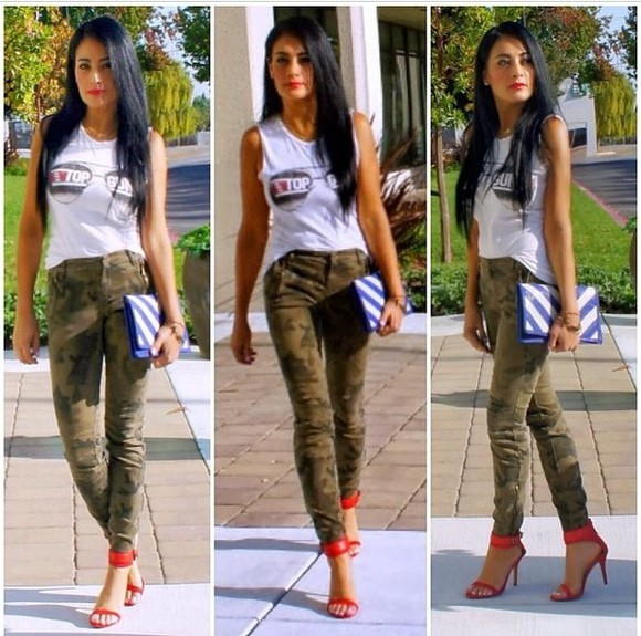 chic shoes pants skinny jeans high waisted pants camoflauge pants zara fashionista followme shopaholic spring fashion summer outfits neon heels sleeveless top bohochic kim kardashian envelope clutch stylish high waisted jeans jeans style dope ish california