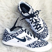 shoes,nike shoes with leopard print,nike running shoes,nike shoes for women