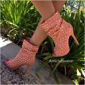 shoes,coral,studs