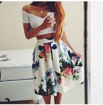 skirt outfit outfit idea summer outfits cute outfits spring outfits date outfit party outfits clothes fashion stylish style clubwear streetwear streetstyle trendy skater skirt white skirt floral skirt high waisted skirt off the shoulder off the shoulder top top white top summer top cute top crop tops white crop tops cute skirt