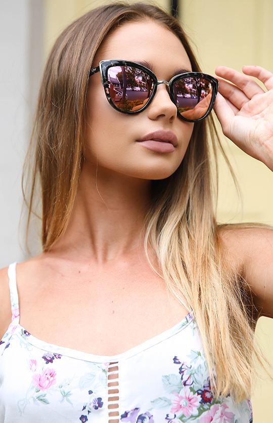 Quay Australia My Girl Sunglasses Black Tort Pink