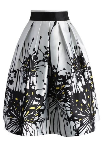 skirt contrast spider lily printed midi skirt chicwish midi skirt