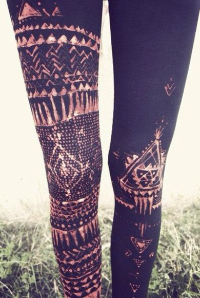 pants hipster leggings aztec printed leggings high waisted leggings tribal leggings aztec leggings skinny pants aztec print black leggings grunge soft grunge grunge fashion indie indie style aztec leggins tribal pattern tribal hipster style hipster clothes 90s grunge Indie indiestyle gold bronze aztec pattern