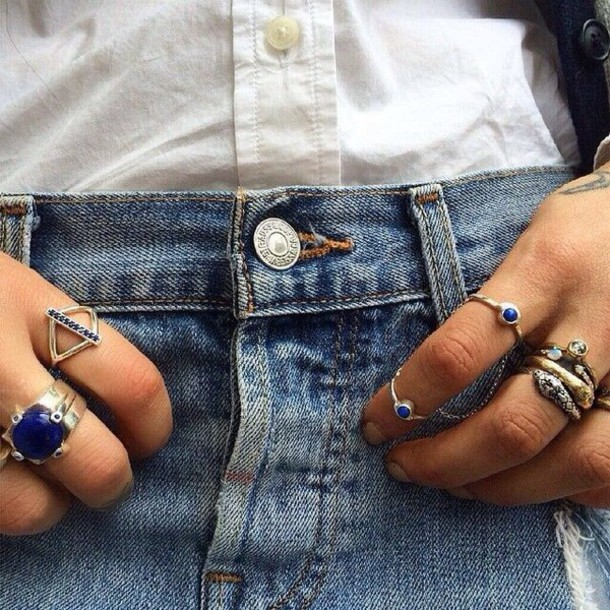 jewels ring jewelry cute jewelry cute rings shorts button up shirt cute ring on point clothing stylish trendy trendy trendy style style accessories accessories blogger fashion inspo fashion inspo