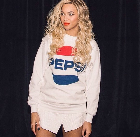 beyoncé pepsi skirt white socks